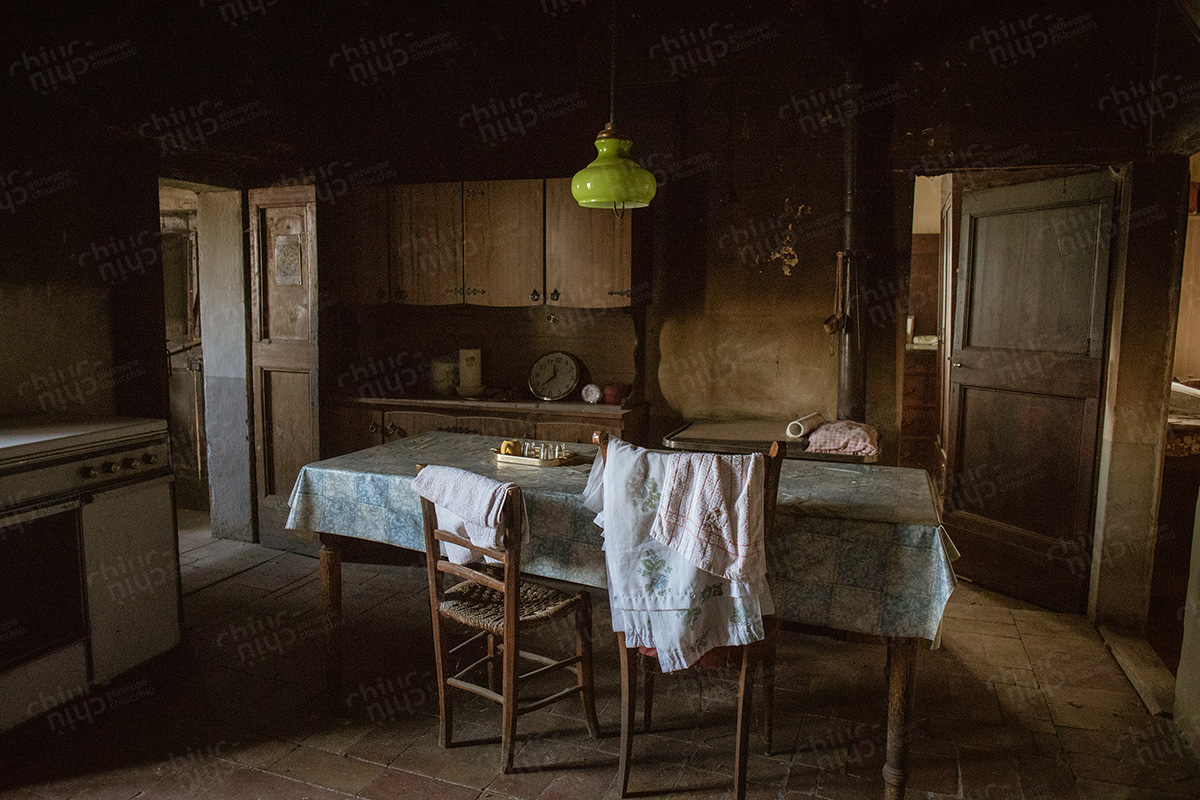 Italy - Farmhouse interior Marche
