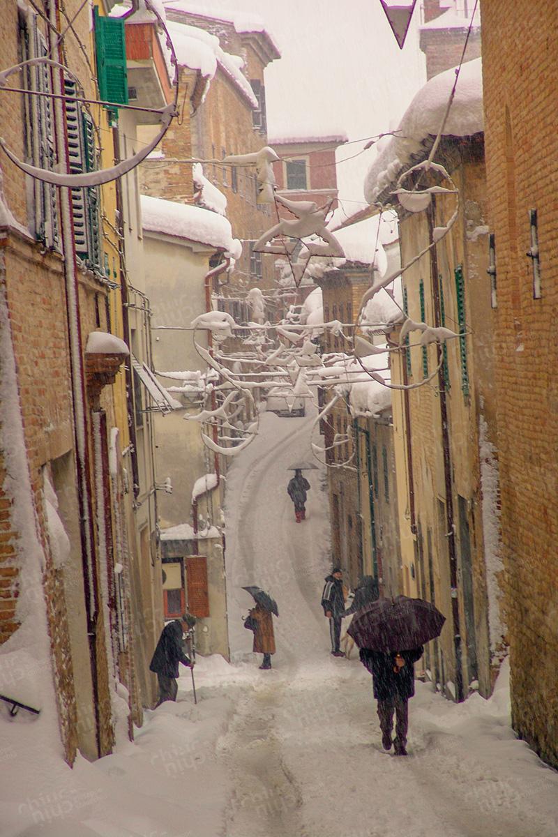 Italy - Snow in Serra de Conti